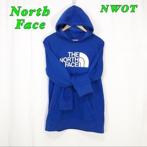 NWOT-North Face Blue Graphic logo Hoodie Boys XL